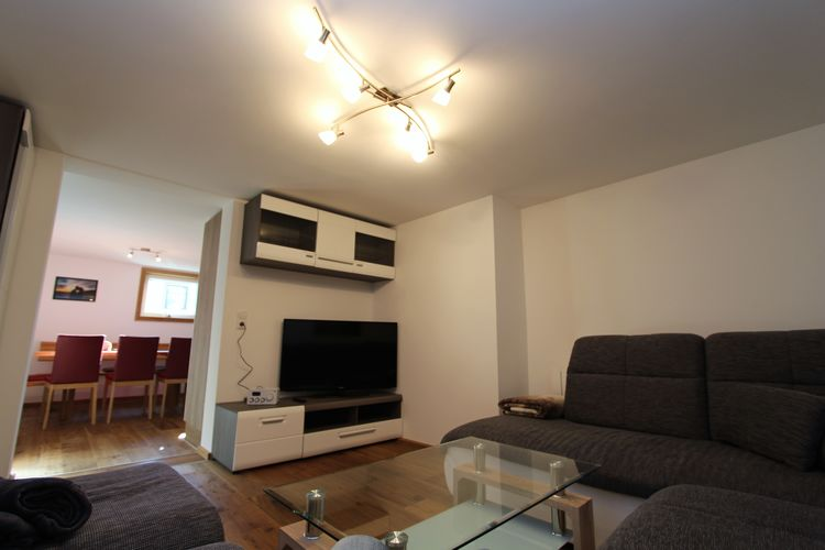 Ref: AT-5580-01 1 Bedrooms Price