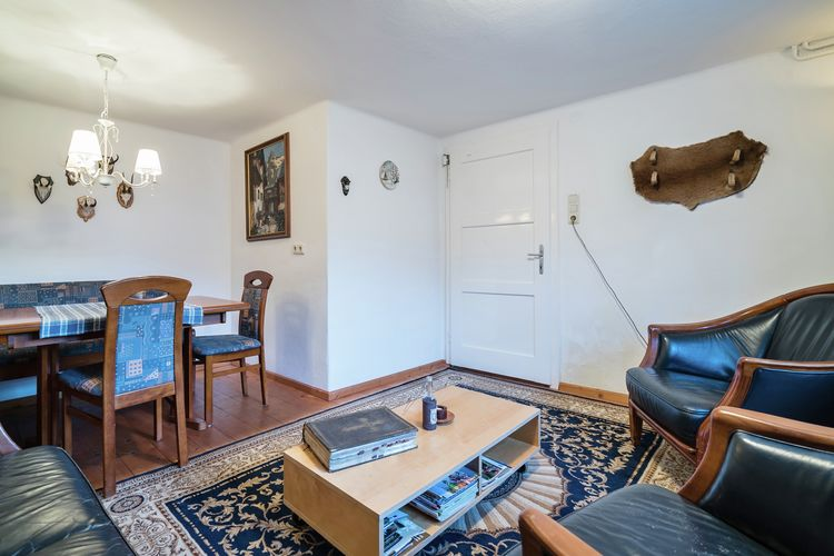 Ref: AT-5661-60 4 Bedrooms Price