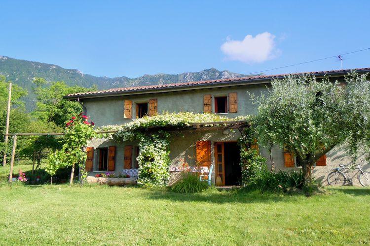 Gezellige, vrijstaande vakantiewoning met tuin, wifi en prachtig uitzicht