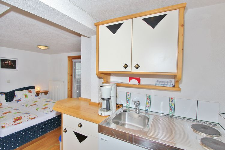 Ref: AT-5731-29 3 Bedrooms Price