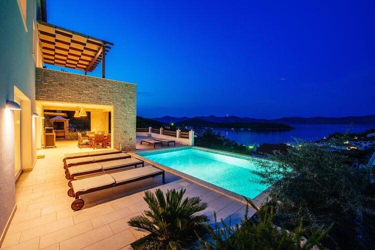 Kroatie | Dalmatie | Villa te huur in Veli-I met zwembad  met wifi 8 personen