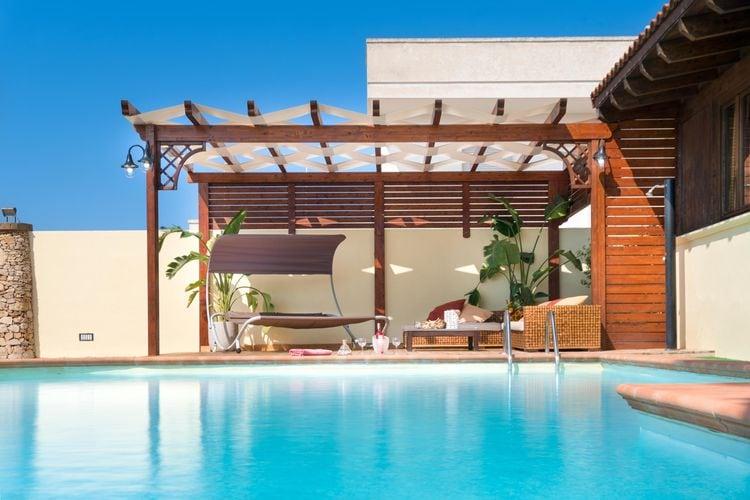 Italie | Puglia | Villa te huur in Marina-di-Mancaversa met zwembad  met wifi 6 personen