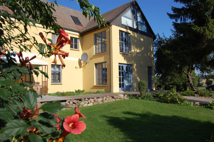 Duitsland | Ostsee | Appartement te huur in Satow   met wifi 4 personen
