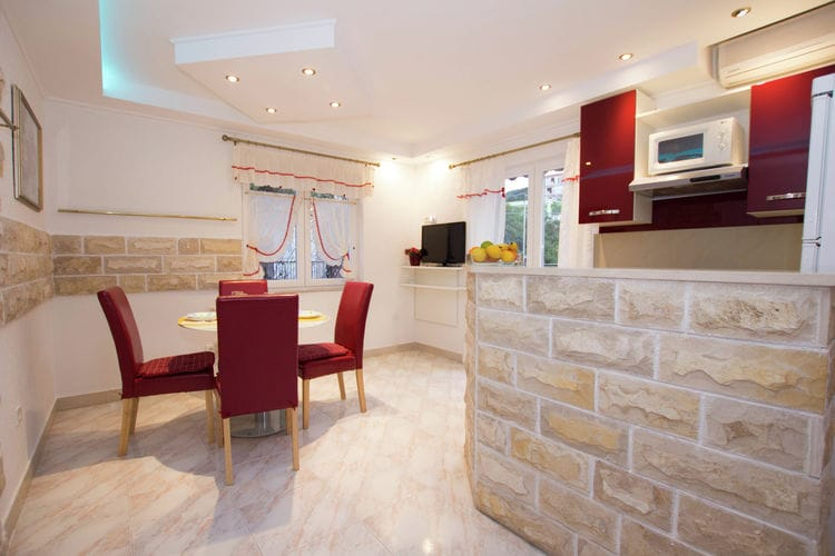 Appartement Kroatië, eld, Slatine Appartement HR-21224-11