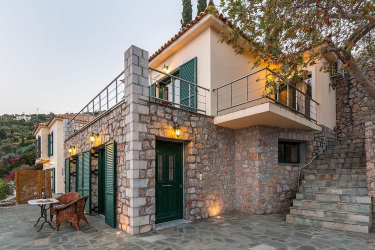 Griekenland | Peloponnesos | Villa te huur in Pera-Melana   met wifi 10 personen