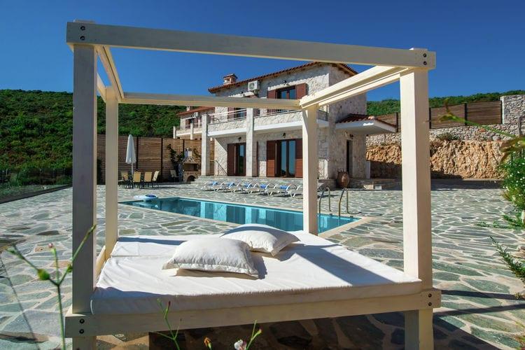 Ref: GR-29100-02 2 Bedrooms Price