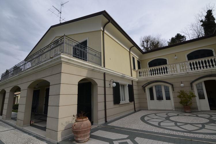 Italie | Emilia-romagna | Villa te huur in Montescudo   met wifi 10 personen