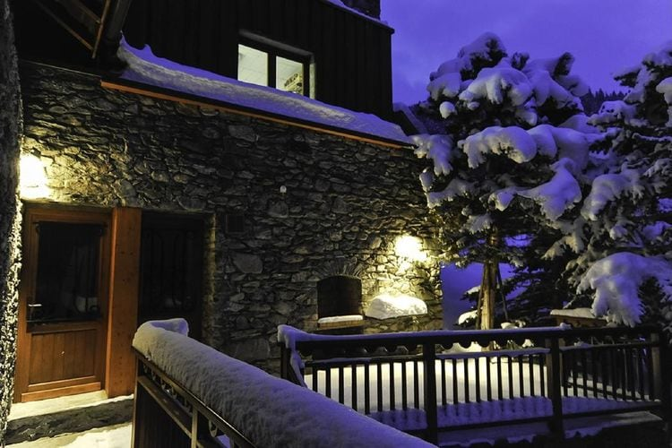 Chalet Iona