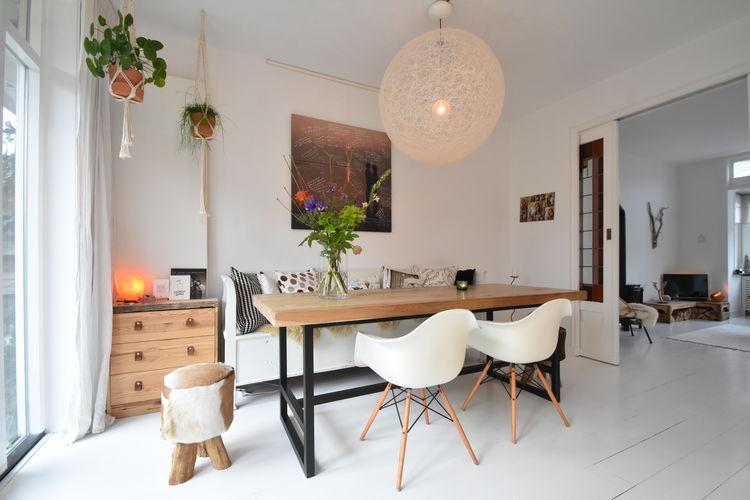 Haarlem Vakantiewoningen te huur Familiehuis met tuin, dichtbij centrum Haarlem, strand Zandvoort en Amsterdam