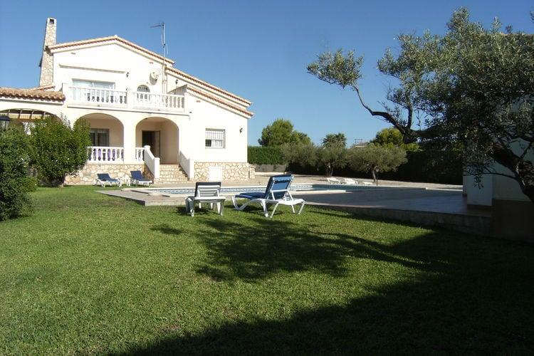 Costa Dorada Vakantiewoningen te huur Villa met zwembad in Perelló op 250 m van het strand en 3 km van L'Ampolla