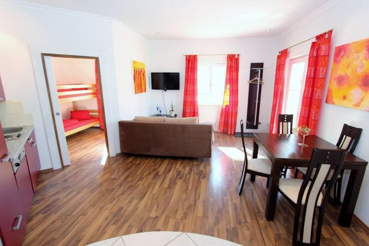 Ref: AT-5622-21 6 Bedrooms Price