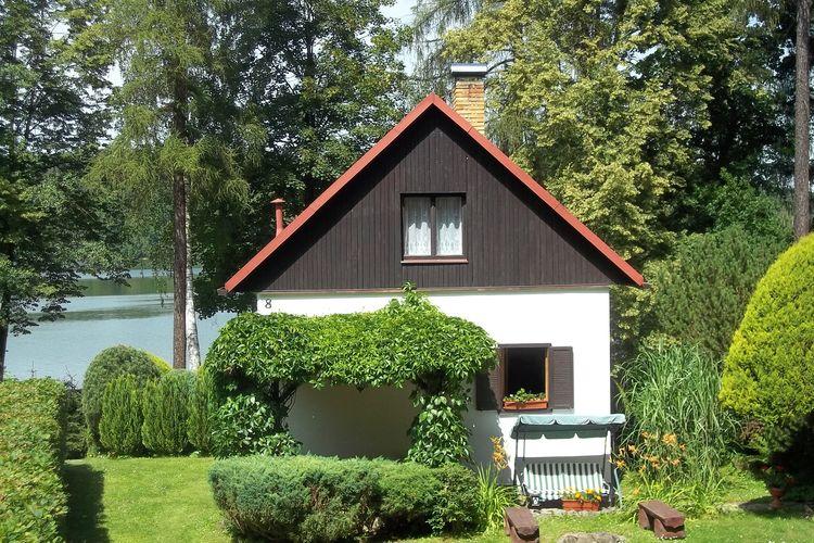 Červená Řečice - Popelištná Chalets te huur Mooi vakantiehuis met een open haard op de oever van het meer, ideaal voor vissers
