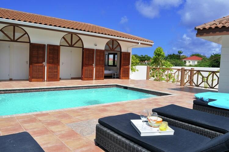 Villa huren in  Curacao - met zwembad nabij Strand met wifi met zwembad voor 8 personen  La Quinta Alida is een heerlijk ru..