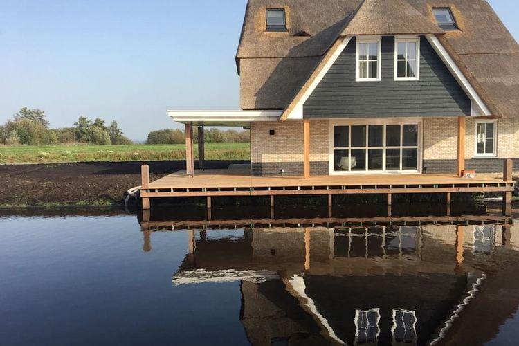 Nederland / Friesland | Villa  met wifi  - Delfstrahuizen  Watervilla