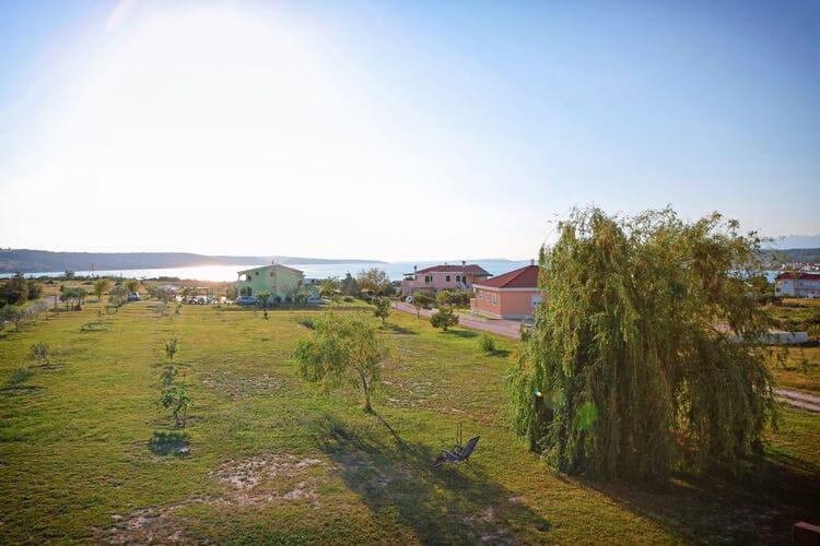vakantiehuis Kroatië, Dalmatie, Ljubac vakantiehuis HR-00009-46