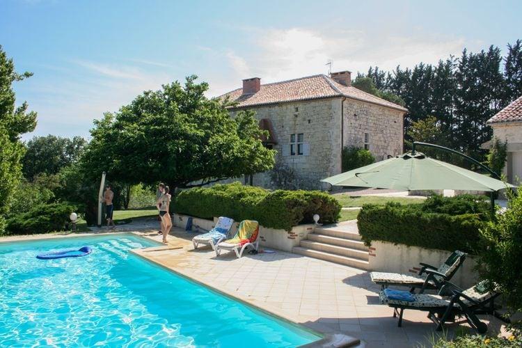 Vakantiehuis met zwembad met wifi  Saint-MaurinLa Séoune