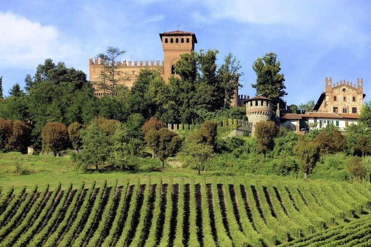 Italie Kastelen te huur Appartement in een beroemde Monferrato Kasteel voor de prachtige wijngaarden