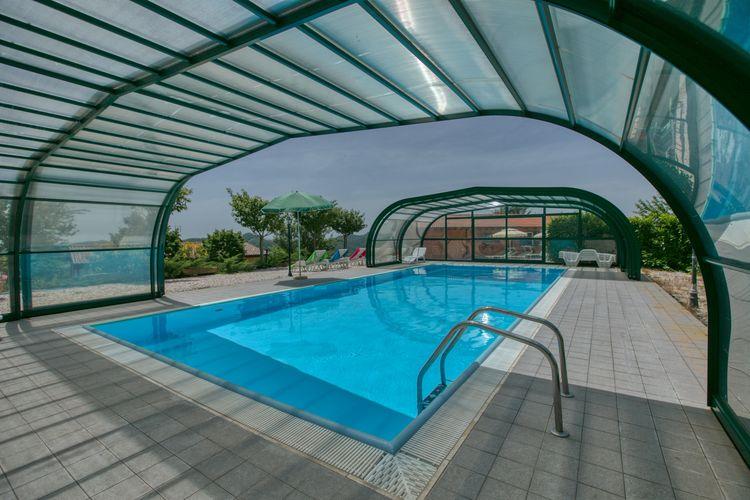 Boerderij met Zwembad te huur