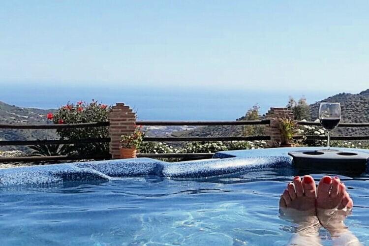 Villa met zwembad met wifi  Costa del SolCasa de Alegría de Brasevin
