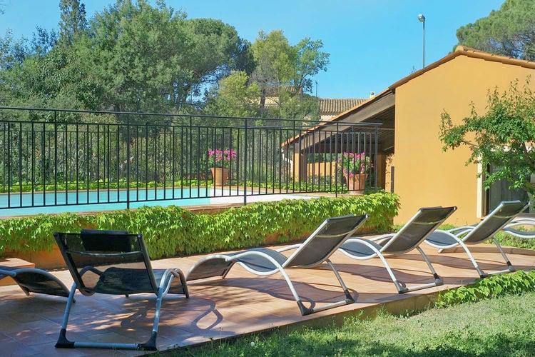 Frejus Vakantiewoningen te huur Vrijstaande woning met privézwembad en omheinde tuin nabij badplaats Fréjus