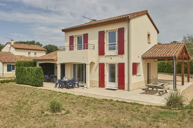 Frankrijk | Cote-Atlantique | Villa te huur in Vasles met zwembad  met wifi 4 personen