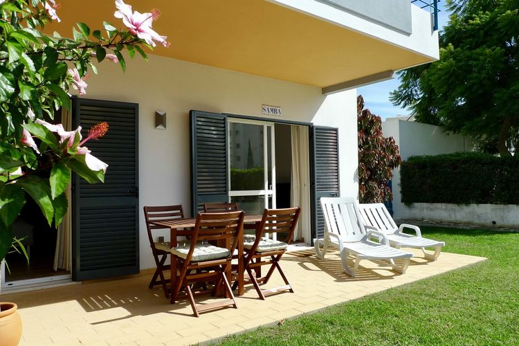 Appartement met zwembad met wifi  Meia-PraiaSamba