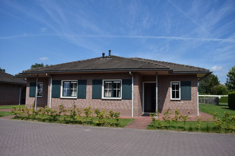 Bungalows Nederland | Gelderland | Bungalow te huur in Voorthuizen met zwembad  met wifi 14 personen