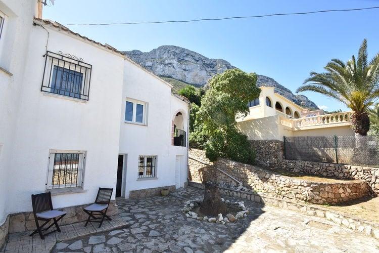 Denia Vakantiewoningen te huur Villa 6/8 personen mooi uitzicht , privé zwembad , terrassen en buitenkeuken