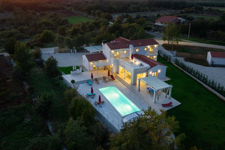 Villa Kroatië, eld, Režanci Villa HR-00010-14