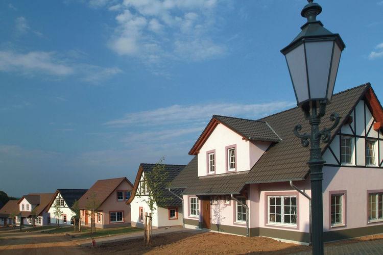 Vakantiehuizen Duitsland | Moezel | Vakantiehuis te huur in Cochem met zwembad  met wifi 12 personen