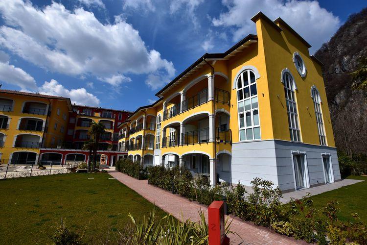 Appartement met zwembad met wifi  Italiaanse MerenYachting Residence - Bilo Deluxe