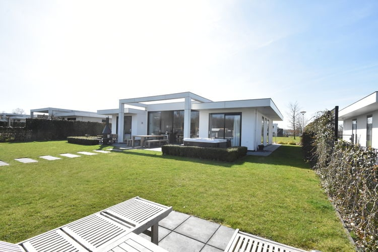 Villas Nederland | Flevoland | Villa te huur in Zeewolde   met wifi 8 personen