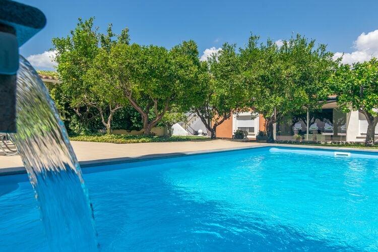 Vakantiehuizen Spanje   Mallorca   Villa te huur in Binissalem-Illes-Balears met zwembad  met wifi 6 personen