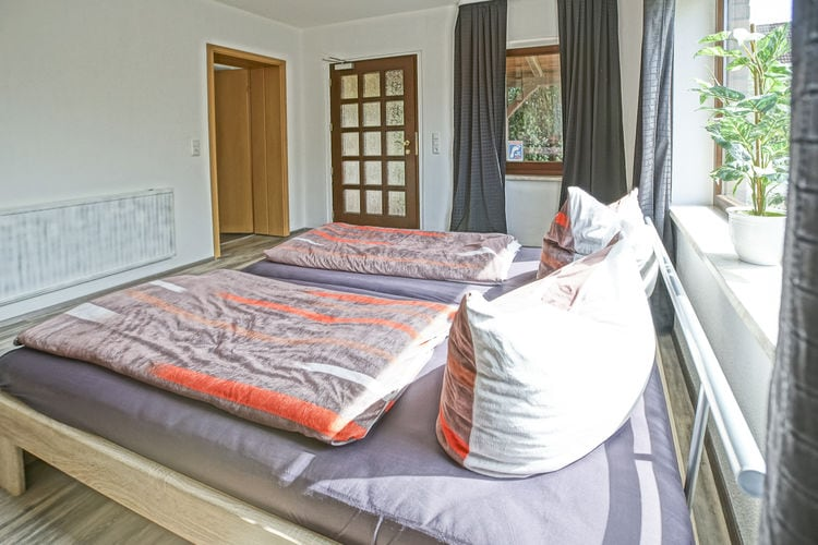Appartement    MonkebudeUrlaub am Stettiner Haff 5 schöne Ferienwohnung mit Terrasse