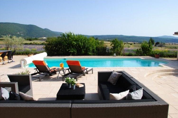 Villa met zwembad met wifi  Sault  Luxe villa met tennisbaan, zwembad en sauna aan de voet van de Mont-Ventoux!