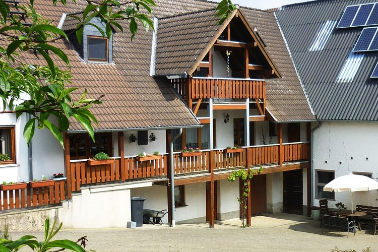Duitsland | Eifel | Vakantiehuis te huur in Kerpen   met wifi 5 personen