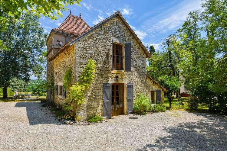 Frankrijk | Midi-Pyrenees | Boerderij te huur in Saint-Cernin-Les-Pechs-du-vers met zwembad  met wifi 10 personen