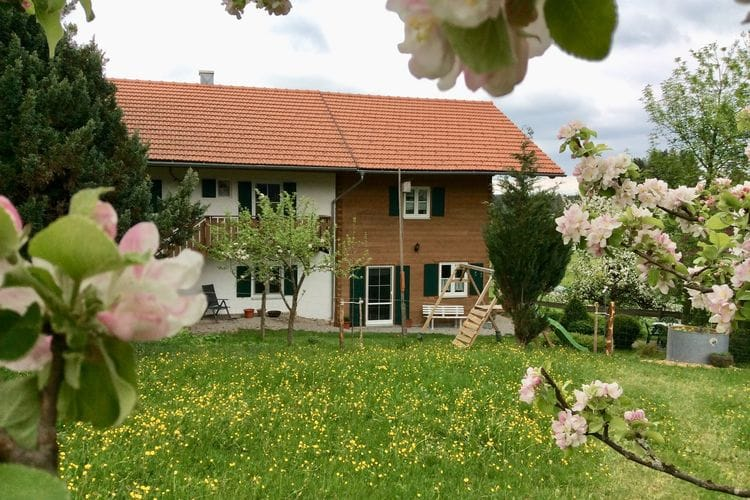 Duitsland | Allgau | Appartement te huur in Steingaden-OT-Lindegg   met wifi 6 personen