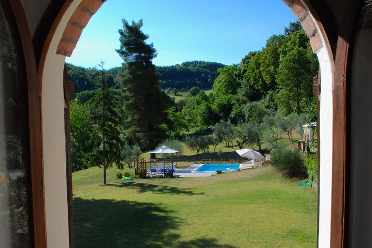Villa Italië, Marche, Serrapetrona Villa IT-62020-24