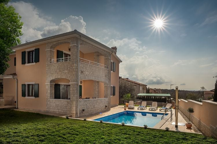 Vabriga Vakantiewoningen te huur Schitterende villa met privézwembad en overdekt terras!