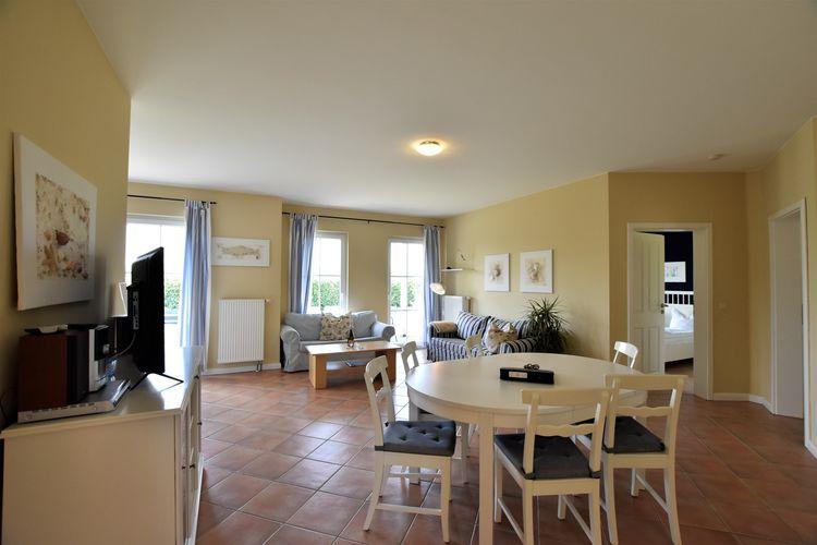 Appartement  met wifi  BastorfMinihus - Erdgeschoss mit Terrasse