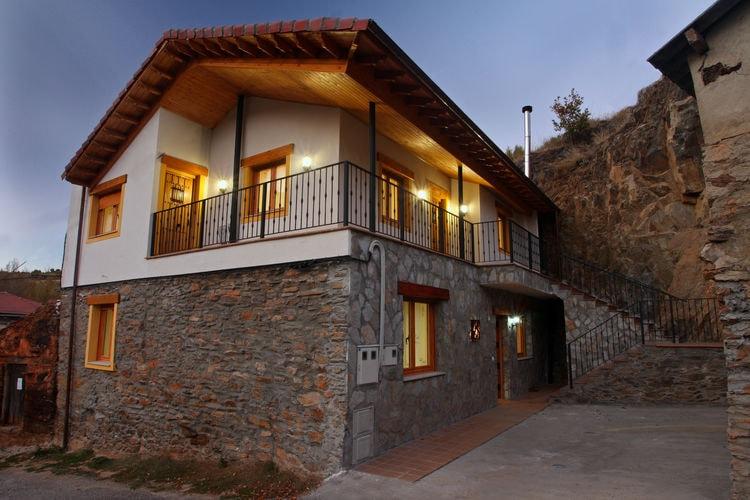 Spanje | Castilla-Y-Leon | Appartement te huur in La-Omauela-Leon   met wifi 2 personen
