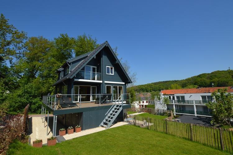 Vakantiewoning  met wifi  Slenaken  Prachtig houten huis met waanzinnig uitzicht over de Zuid Limburgse heuvels