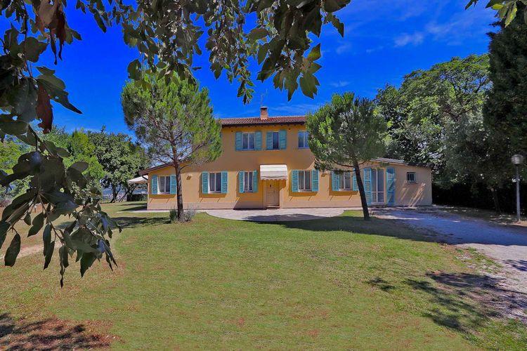 Vakantiehuizen Italie | Marche | Villa te huur in Pesaro met zwembad  met wifi 10 personen