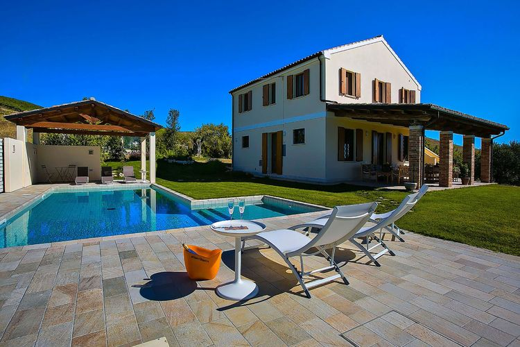 Villa Marche