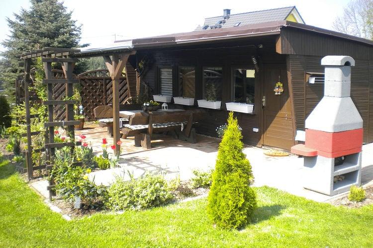 Bungalow    Falkenstein  Gezellige vakantiewoning in het Vogtland, groot perceel, huisdieren toegestaan