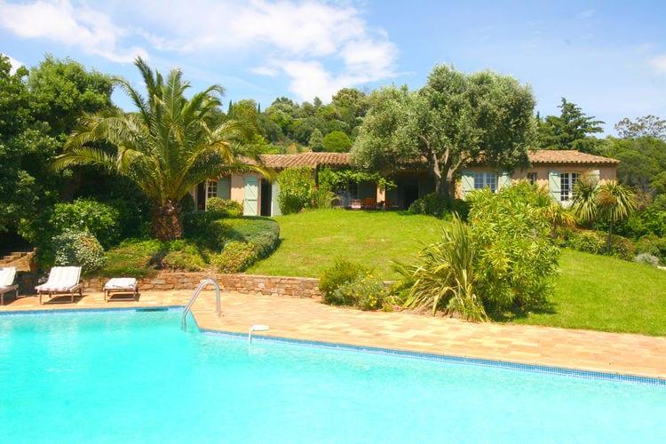 La-Croix-Valmer Vakantiewoningen te huur Provençaalse vrijstaande villa met privé zwembad op toplocatie en prachtig uitzicht