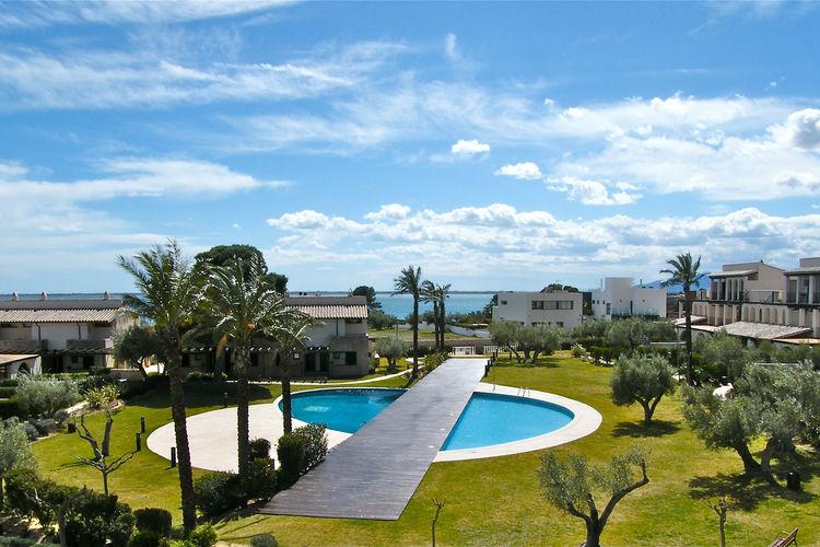Vakantiehuis met zwembad met wifi  LampollaCasa 8