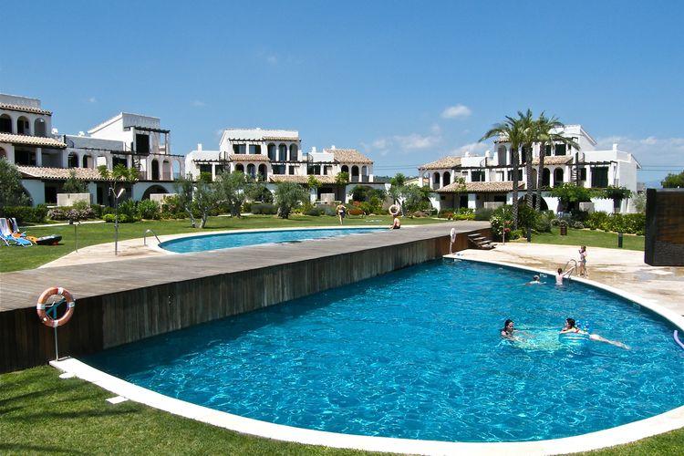 Vakantiehuis met zwembad met wifi  LampollaCasa 47