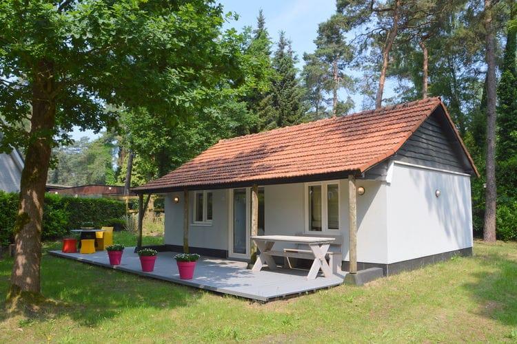 Noord-Brabant Bungalows te huur In de Oisterwijkse bossen gelgen bungalow nabij de Kampina en de Efteling